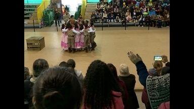 Começa 24ª edição do FestMirim em Santa Maria - O evento promovido pelo Centro de Pesquisas Folclóricas Piá do Sul reúne participantes de todo o estado no Centro de Eventos da UFSM.