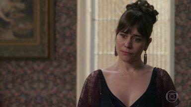 Susana reclama de Elisabeta para Lady Margareth - Ela diz à inglesa que vai apressar seu casamento, mas antes vai falar poucas e boas para Julieta