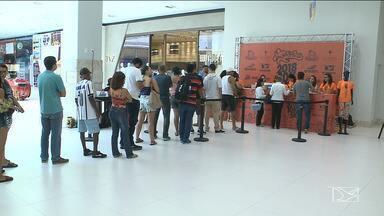 Kits da Corrida São Luís são entregues até sábado (27) - Corrida acontece neste domingo e os kits estão sendo entregues no Golden Shopping.