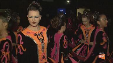 Campeões voltam ao palco do Festival de Dança de Joinville nesta sexta (27) - Campeões voltam ao palco do Festival de Dança de Joinville nesta sexta (27)