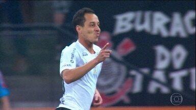 Corinthians vem sofrendo grandes perdas nas janelas de transferências - Corinthians vem sofrendo grandes perdas nas janelas de transferências
