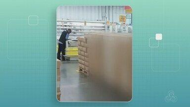 Procon apreende 8,6 toneladas de margarina imprópria para consumo - Caixas estavam armazenadas de forma irregular, fora da câmara refrigerada, desobedecendo recomendações do fabricante.