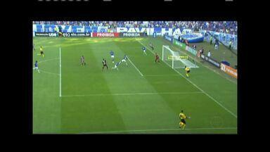 Cruzeiro perde mais uma no Brasileirão - Raposa jogou em casa e foi derrotada pelo São Paulo.