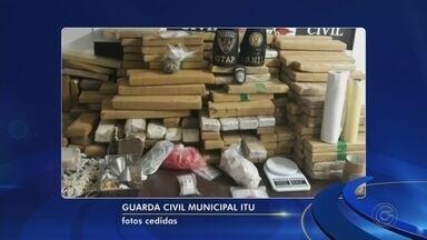 Casal é preso com mais de 200 quilos de drogas em Itu - Um casal foi preso com mais de 200 quilos de drogas, em Itu (SP). Segundo a Polícia Civil, os suspeitos estavam sendo investigado há alguns meses. Eles foram abordados no bairro Santa Lucinda, onde iriam fazer a entrega da droga.