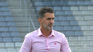 Saiba quais os nomes mais cotados para substituir Mancini, que foi demitido do Vitória - O técnico deixou a equipe após a derrota de goleada para o Atlético-PR, no domingo (29).