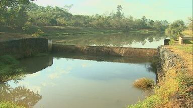 Desperdício de água passa a ser alvo de multa em Bebedouro, SP - Medica começará a valer nesta quarta-feira (1º).