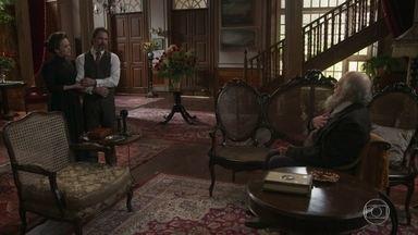 Aurélio diz a Afrânio que se casará com Julieta - O Barão fica inconformado em saber que será sogro da cascavel