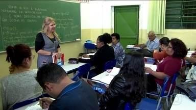 Estudo conclui que escolaridade no Brasil vem crescendo, mas aprendizado não é bom - Três em cada 10 brasileiros não aprendem direito a ler, escrever e fazer contas.