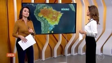 Semana começa chuvosa no Sudeste do país - A previsão é de nevoeiro em Curitiba. Confira a previsão para todo o país.