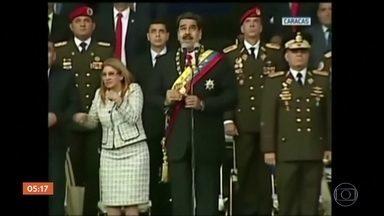 Presidente da Venezuela escapa ileso de atentado em Caracas - Nicolás Maduro insinuou que a Colômbia e os Estados Unidos estariam por trás do ataque.