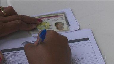 Juiz federal proíbe entrada de venezuelanos em Roraima - Decisão também determinou a vacinação obrigatória de todos os venezuelanos que já estão no estado.
