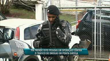 PM encerra operação contra o tráfico com 18 presos em Ponta Grossa - A operação começou há três meses e nesta quinta-feira (09), oito pessoas foram presas nas vilas Santa Paula e Dallabona.