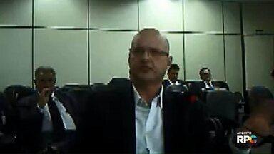 MP investiga presidente da Assembleia por desvio de dinheiro de escolas estaduais - Além de Ademar Traiano, do PSDB, deputado estadual Plauto Miró, de DEM, também é alvo da investigação.