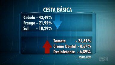 Caiu o valor da cesta básica em Ponta Grossa no mês de agosto - O valor diminuiu 2,35% no mês de agosto comparado com o mês de julho. A pesquisa é da UEPG.