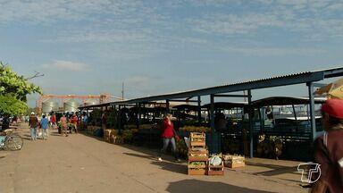 Retirada dos feirantes do Tablado deve ocorrer após notificação da Justiça à Prefeitura - Juiz da 6ª Vara Cível determinou a remoção imediata dos feirantes da Feira do Tablado e a retirada das instalações localizadas na orla da cidade.