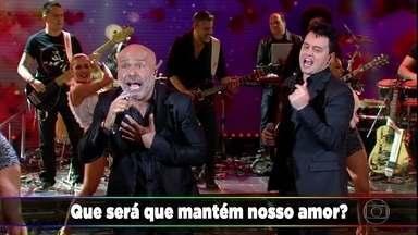 Rick e Renner cantam sucesso 'Cara De Pau' - O auditório canta junto com a dupla
