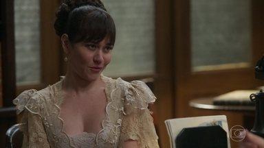 Susana ameaça Kléber - Ela diz ao delegado que tem provas contra ele