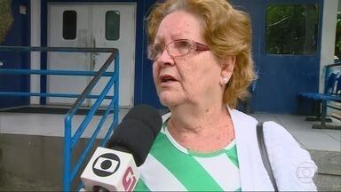 RJ1 - Íntegra 18/08/2018 - O telejornal, apresentado por Mariana Gross, exibe as principais notícias do Rio, com prestação de serviço e previsão do tempo.