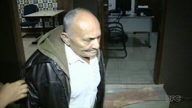 Idoso de 91 anos é preso depois de agredir a filha - Ele jogou uma cadeira na filha e ainda ameaçou os policiais.