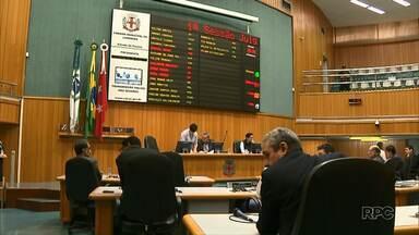 Sessão de cassação de Mário Takahashi e Rony Alves é cancelada - A sessão de julgamento dos vereadores afastados foi cancelada atendendo decisão do Tribunal de Justiça do Paraná que pede que o vereador Mário Takahashi seja ouvido antes da sessão de julgamento.