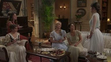 Amigas tentam disfarçar sobre a preparação do casamento de Ema - Ema diz que vai voltar para a fazenda Bittencourt e Elisabeta quase se engasga