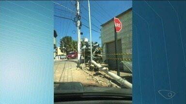 Acidente destrói câmeras de vigilância da prefeitura de Marataízes, ES - Motorista com sinais de embriaguez chamou a polícia.