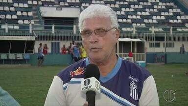 Técnico do Goyta, Paulo Henrique, 'O Profeta', já disputou a Copa do Mundo - Assista a seguir.