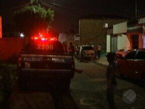 Dois homens foram mortos em dois bairros diferentes de Belém - Uma das vítimas era um investigador da polícia.