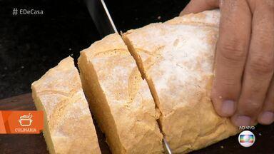 Pão Colorido - Veja como fazer baguete com purê de cenoura