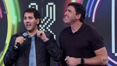 Giovane Gávio e Maurício Lima acertam música e empatam a disputa - Astros do vôlei participam do Ding Dong