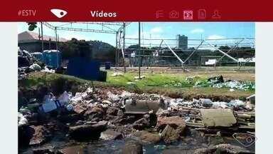 Morador flagra lixo deixado à margem da baía de Vitória após festa, no ES - O registro foi feito por Guilherme Salazar durante um passeio de caiaque.