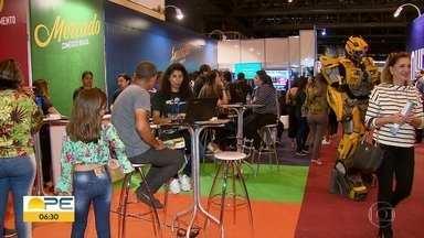 Feira do empreendedor reúne inovação e inspiração em Olinda - O evento acontece no Centro de Convenções até o sábado (1º) e é gratuito.