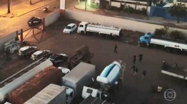 Operação Zayn prende 33 suspeitos de integrar quadrilha de roubos de cargas e caminhões - O bando sequestrava caminhoneiros que ficavam em catveiros até que o veículo e a carga fossem escondidos.