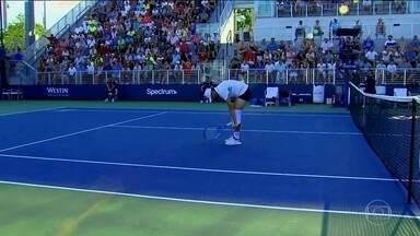 Tenista francês abaixa calção em partida válida pelo US Open - Tenista francês abaixa calção em partida válida pelo US Open