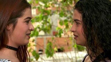 Gêmeas que tiveram filhos no mesmo dia celebram sintonia de uma vida inteira - Quando se nasce acompanhada, até os sentimentos acabam ficando parecidos.Bianca e Beatriz contamsuas histórias cheias decoincidências.