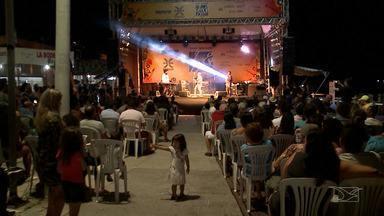 Cumplicidade entre público e artistas marca história do Lençóis Jazz e Blues Festival - Programa mostrou também os artistas que fazem ou já fizeram parte do festival, que atualmente é considerado como um dos mais importantes e consagrados do país.