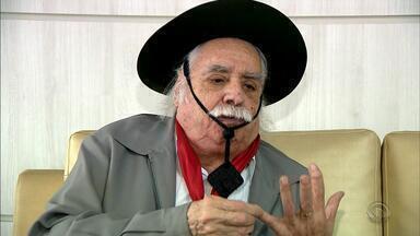 'Galpão Crioulo' apresenta programa especial em homenagem a Paixão Côrtes - Programa deste domingo (2) celebra a memória do tradicionalista que faleceu nesta semana.