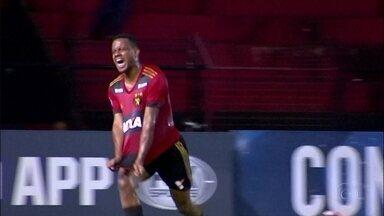 Rithely deve voltar a vestir a camisa do Sport - Internacional devolveu o jogador ao Leão em virtude de lesão no tornozelo esquerdo