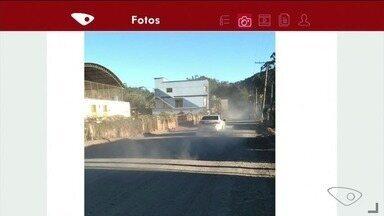 Parceiro do ESTV registra nuvem de poeira em rua de Vargem Alta, no Sul do ES - Trecho é da rodovia ES-164.