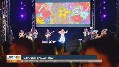 """Com Elza Soares e """"O Grande Encontro"""", """"Passo a Paço"""" atrai grande público em Manaus - Evento reuniu gastronomia e música."""