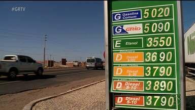 Consumidores de Petrolina lamentam aumento no preço dos combustíveis - A semana começou com a gasolina e diesel mais caros para o consumidor