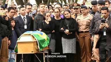 Policiais são mortos em atentado por um próprio colega que também acaba morto - Polícia abriu um inquérito para apurar o caso.