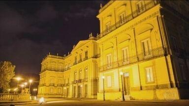 Museu Nacional, o mais antigo do país, foi residência de rei e imperadores - Acervo tinha 20 milhões de peças, entre elas, o crânio de Luzia, o mais antigo fóssil humano encontrado no Brasil. Museu fez 200 tendo no currículo visitantes como Albert Einstein.