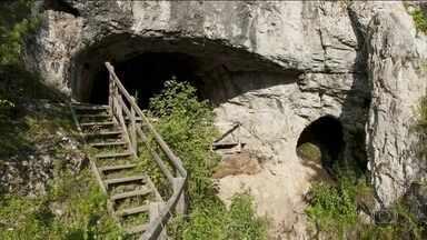 Cientistas europeus anunciaram descoberta revolucionária de neandertais e denisovanos - Eles conseguiram comprovar que essas duas espécies estiveram muito próximas. E provaram a existência de um indivíduo híbrido. Filho de uma mãe neandertal e de um pai denisovano.