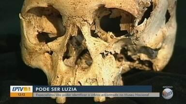 Crânio encontrado nos escombros do Museu Nacional pode ser o de Luzia - Crânio encontrado nos escombros do Museu Nacional pode ser o de Luzia