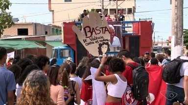 'Grito dos Excluídos' em Vila Velha, ES, pede fim da violência e da desigualdade social - Protesto acontece sempre no Dia da Independência e é uma forma de cobrar mais respeito, igualdade e pedir um fim à violência.