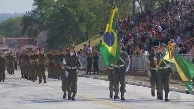 Desfiles marcam o Dia da Independência em cidades do Centro-Oeste Paulista - Nesta sexta-feira é feriado de 7 de setembro, dia da Independência do Brasil. E para marcar foram realizados os tradicionais desfiles cívicos.