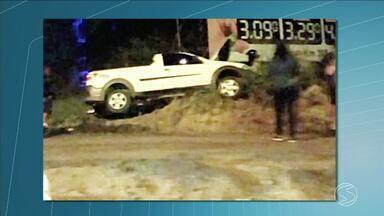 Sargento do exército é morto com nove tiros em Resende, RJ - Crime aconteceu no bairro Jardim do Sol durante a madrugada. Vítima foi identificada como Isnac dos Santos, de 47 anos.