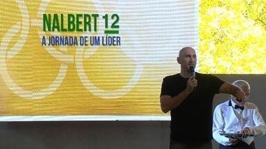 Em Goiânia, Nalbert comenta futuro da seleção masculina de vôlei - Campeão olímpico, ex-jogador está na cidade para palestra