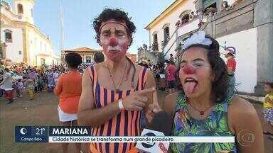 Encontro de palhaços anima as ruas de Mariana - Encontro de palhaços é até domingo